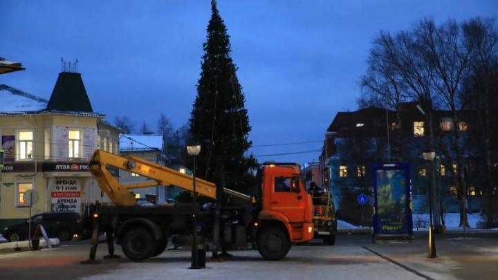 Из-за открытия новогодней елки в Архангельске перекроют движение транспорта
