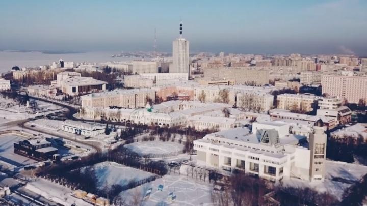 «Уехать нельзя, остаться. Мы наш выбор сделали»: жители Архангельска сняли эффектное видео про родной город