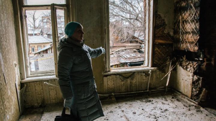 «Нас будили, чтобы избежать жертв»: на Галактионовской ремонтируют сгоревший дом