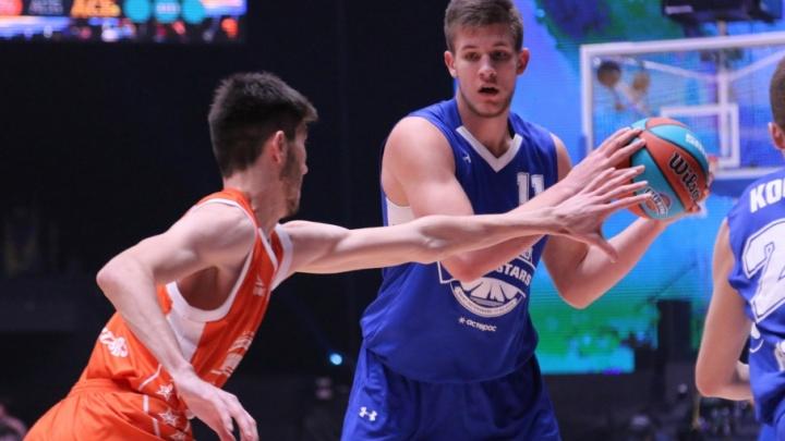 «Было тяжело, но удовольствие получили»: самарские баскетболисты проиграли в матче всех звезд