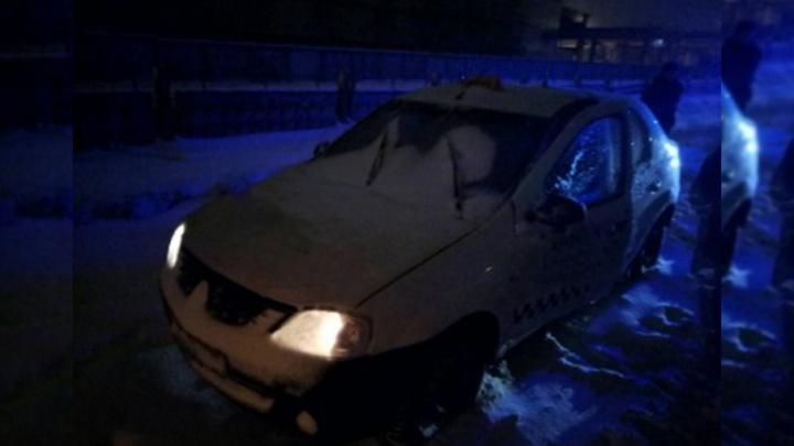 В Архангельске нашли тело убитого таксиста