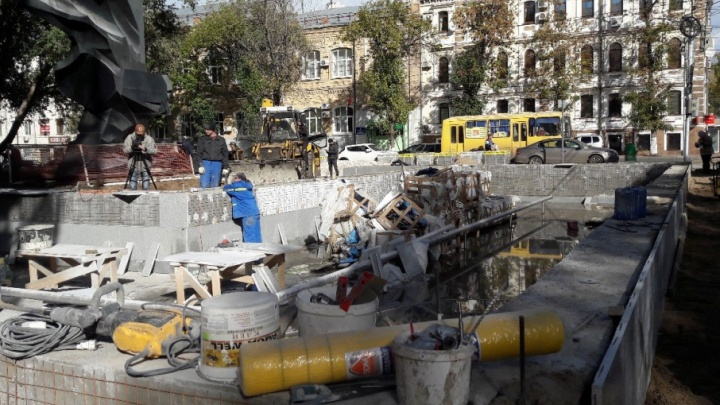 Обновленный фонтан на Красноармейской защитят от вандалов с помощью видеокамер