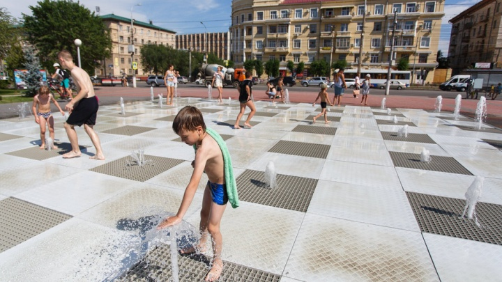 В Волгоград пришла 40-градусная жара