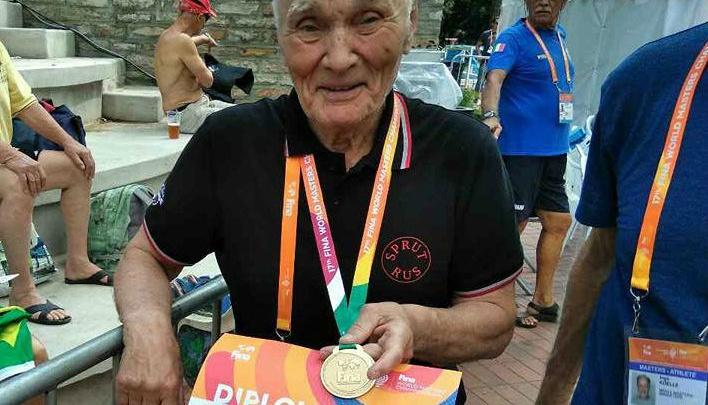 В Ярославле умер многократный чемпион мира по плаванию