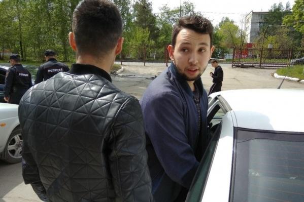 Из спецприёмника Бориса Золотаревского доставили прямиком на допрос в полицию