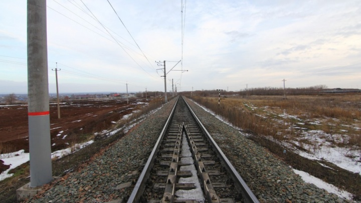 В Самаре 30 подростков оштрафовали за прогулки по железнодорожным путям