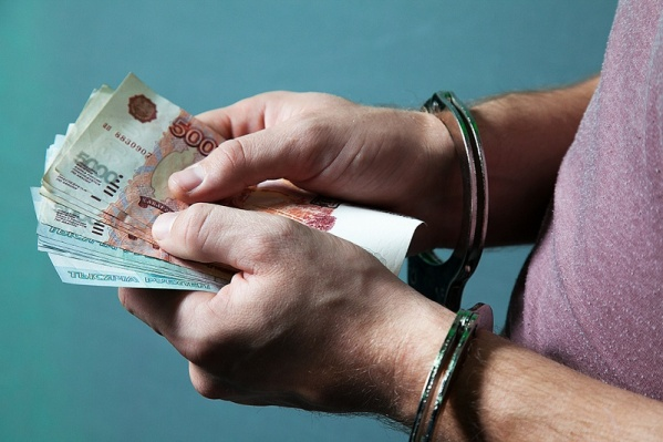 Мошенников, оформивших на парня кредиты за вознаграждение, задержали сотрудники угрозыска МВД
