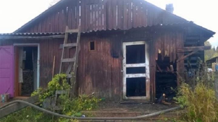 Новое жилье погорельцев из деревни Федотовской пострадало во время пожара