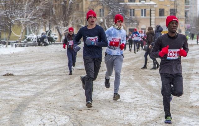 8 Марта бегуны совершат первый весенний марафон в Волгограде