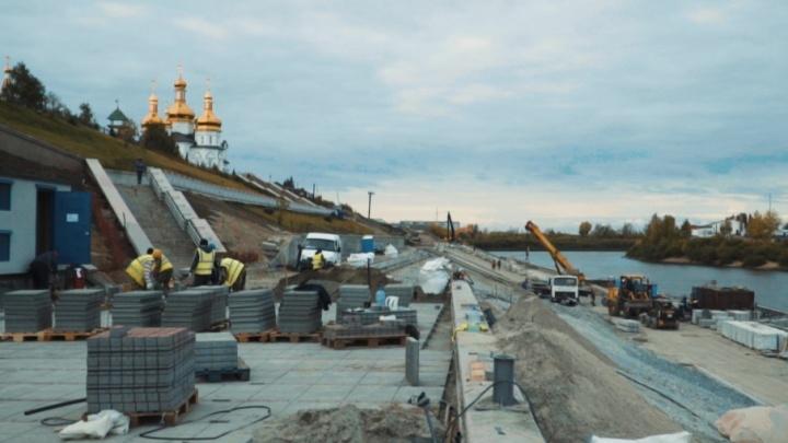 Гуляем по новым участкам набережной, которая к концу года станет длиннее на километр