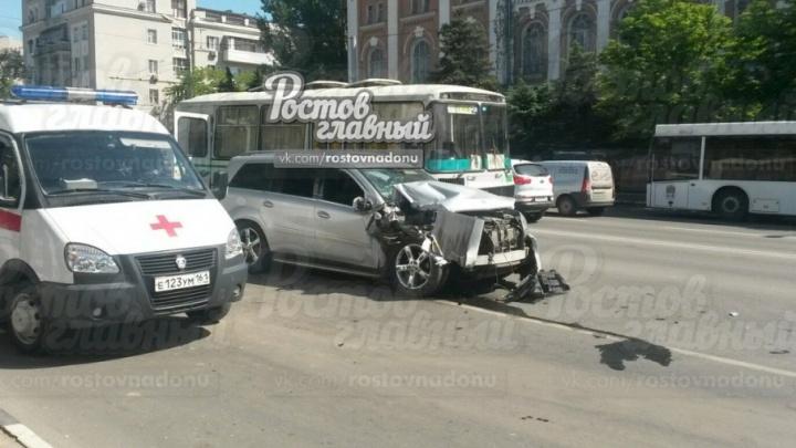 «Мерседес», водитель которого протаранил ростовские маршрутки и автобус, был угнан