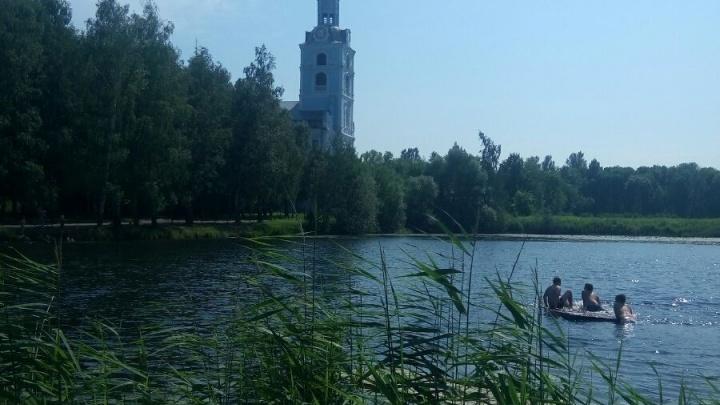 Мальчик, утонувший в Петропавловском пруду, катался с друзьями на плоту