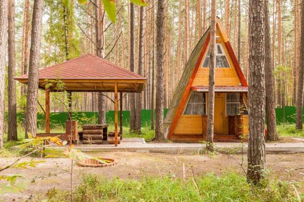 Под Екатеринбургом продают базу отдыха.