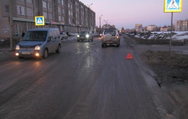 В Архангельске водитель «Шевроле-Трекер», спасая  пешехода, выехал на встречку