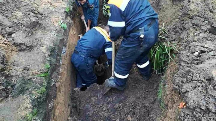 В Тольятти мужчина оказался погребенным заживо в земляной траншее