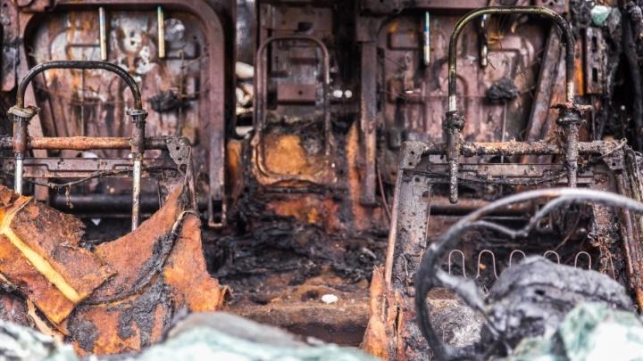 В Кировском районе Волгограда выгорели три автомобиля