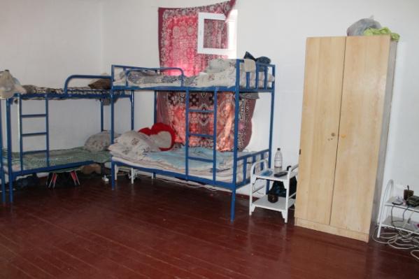 В ОНФ сравнили комнаты в детских лагерях с бараками
