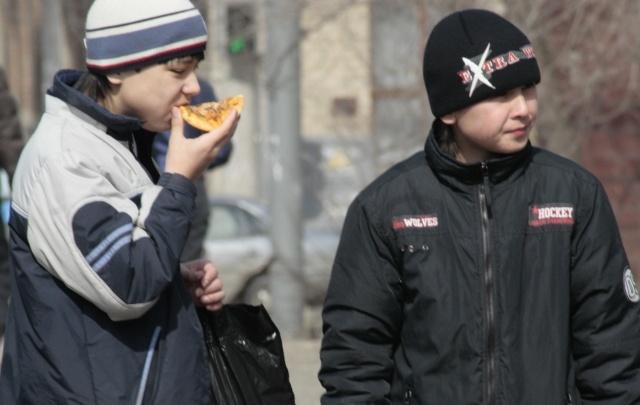 Северодвинский подросток попал в больницу из-за игр с бензином