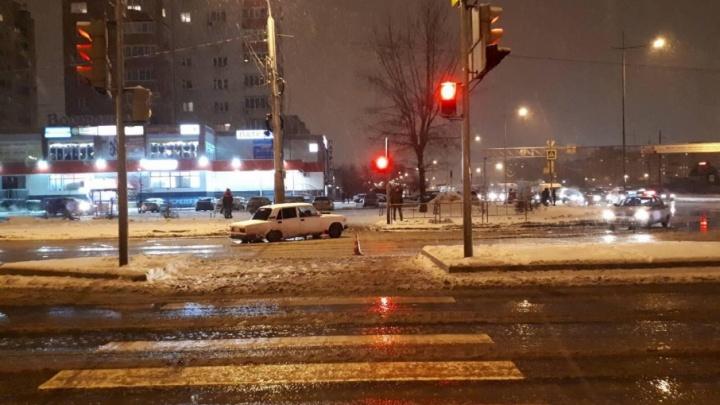 Начинающий водитель «семерки» сбил пешехода на Широтной и отказался от медосвидетельствования