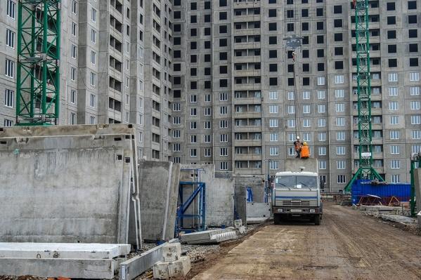 Строительные площадки города проверят после гибели рабочих