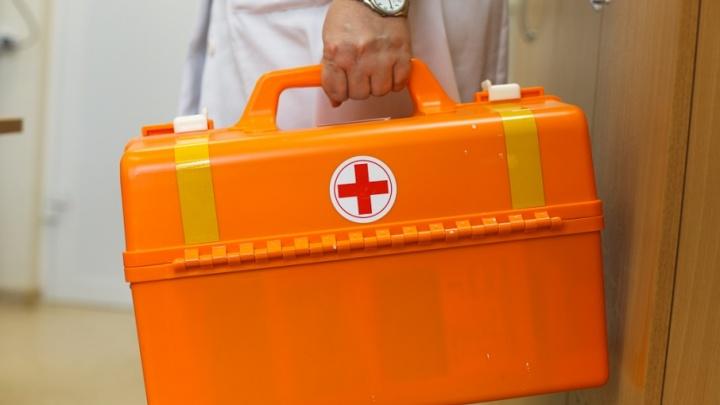 Медики спасли девятимесячную девочку с опухолью головного мозга, которую вертолетом экстренно доставили на операцию в Тюмень
