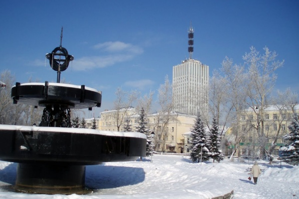 Переместить столь большой фонтан из центра города слишком проблематично
