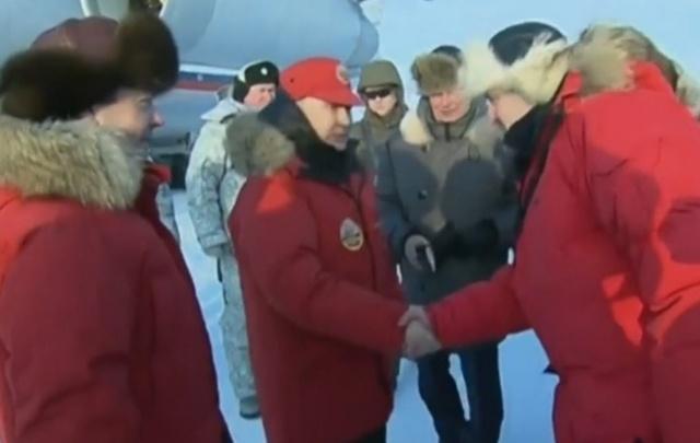 Владимир Путин вместе с Дмитрием Медведевым оценили, как Арктику избавили от мусора