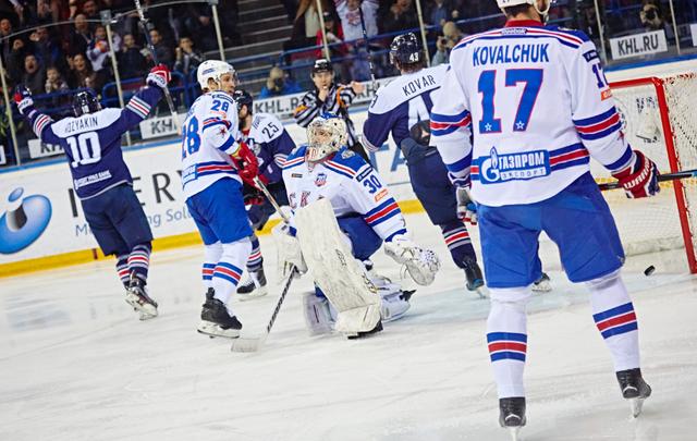 «Магнитка»  сравняла счёт в финальной серии против СКА