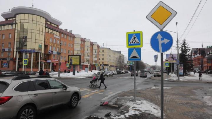 На самой оживлённой улице Архангельска запретили поворачивать налево