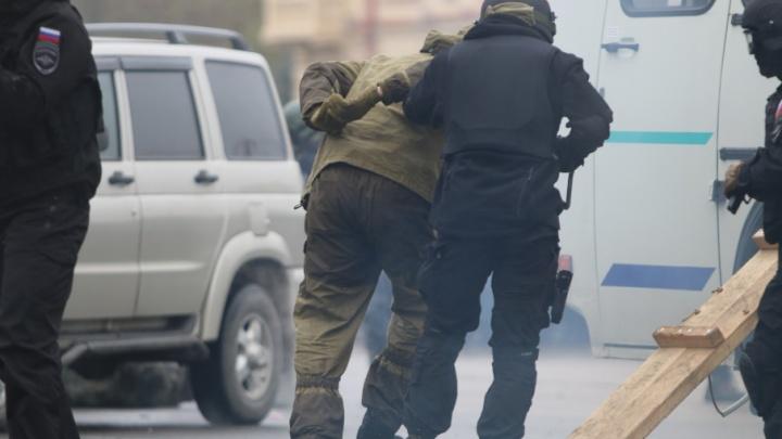 Безработного с боевыми гранатами поймали на границе Ростовской области и Украины