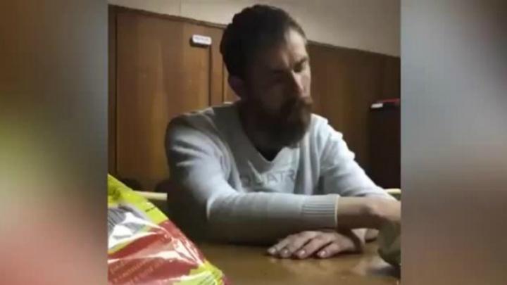 Появилось видео допроса одного из поджигателей ярославского киноклуба