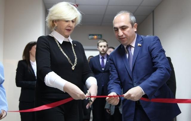 В ЮФУ открыли 50-метровый бассейн и музей Юрия Жданова