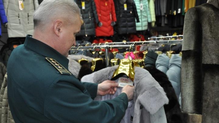 Санкционные грибы и подозрительные шубы: когда проверки Архангельской таможни не обходятся без автомата