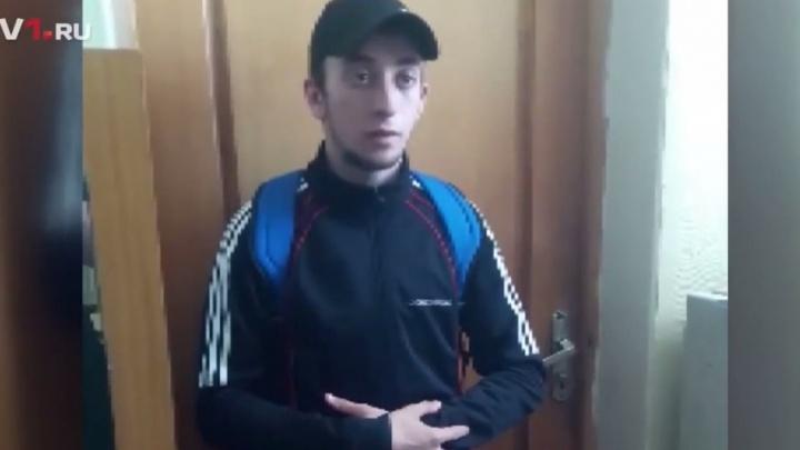 Грабитель порезал лицо сотруднице салона сотовой связи в Волгограде