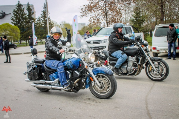 Юлия уверяет, что много лет ездила на мотоцикле, не нарушая ПДД.
