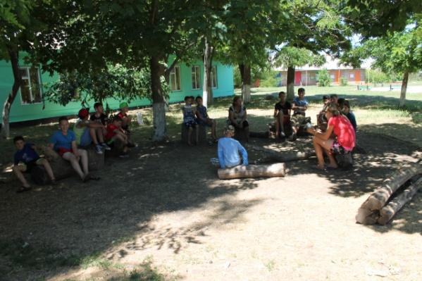 В лагерь «Орленок» школьницы приехали из Мурманска