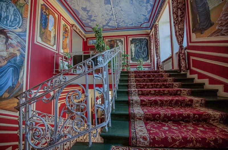 """Такая красивая лестница в отеле """"Селивановъ"""""""