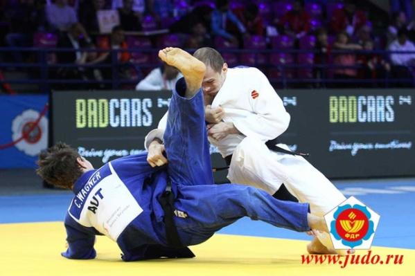 В федерации отметили, Денис Ярцев удивлял публику и соперников невероятной чувствительностью борьбы и филигранной техникой