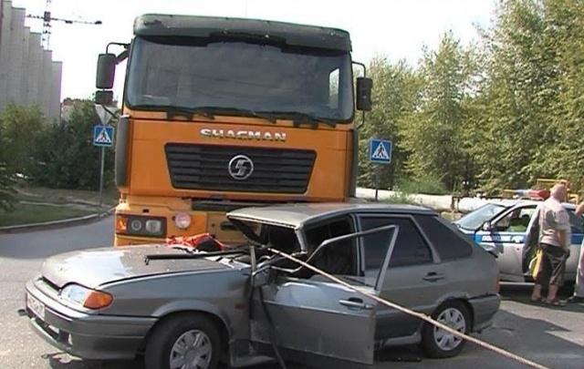 В Тюмени водителя самосвала, трос от которого задушил пассажира «Лады», отправили в колонию