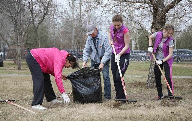 Волгоградцы собрали 360 мешков мусора в городских парках