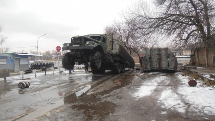 В Ростове разобрали мост на Зеленый остров