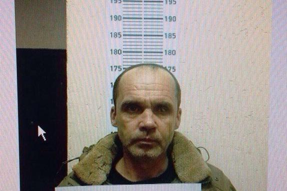 Предполагаемый преступник, напавший на тюменскую школьницу, «засветился» в доме на Пермякова