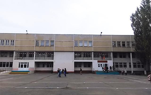 В Ростовской области 41 ребенок отравился школьной едой
