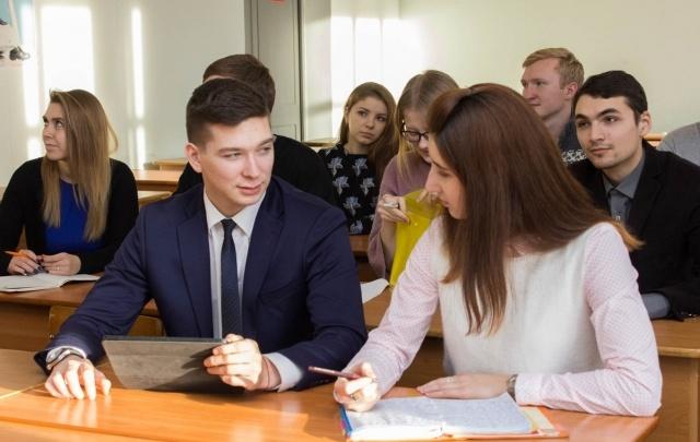 Найти вакансию просто: в ЮУрГУ пройдет выставка работодателей России и Урала