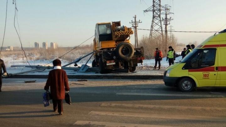 Смертельное ДТП на Алебашевской попало в объектив камеры: водитель утверждает, что ехал на зеленый