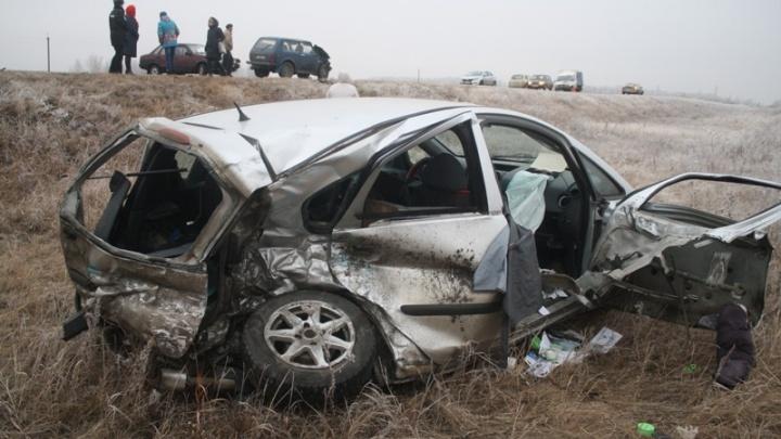 На трассе в Челябинской области погибли две женщины