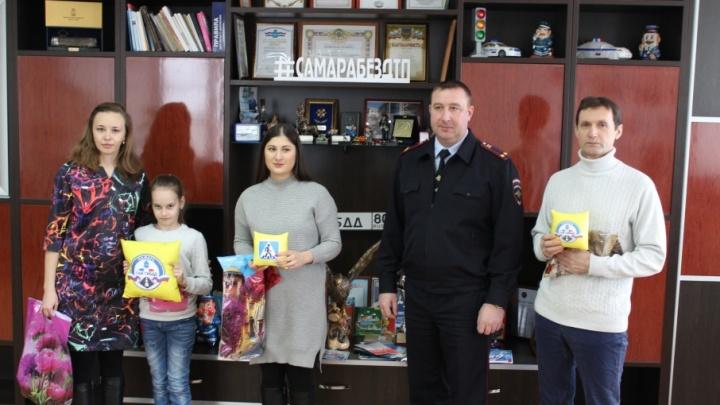 Самые обаятельные самарские пешеходы получили награды от ГИБДД