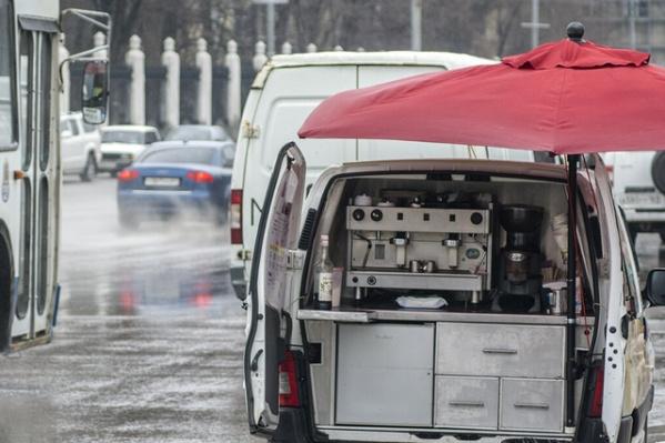 Незаконные мобильные кофейни продолжают работать в Ростове