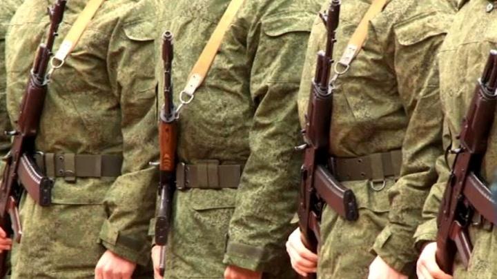 В Тольятти военные состязались в стрельбе из автомата и испытали себя на выносливость в беге
