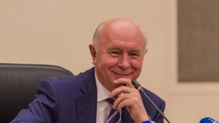 В Самаре предложили отменить ежемесячные выплаты экс-губернатору Меркушкину